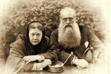 12 августа - День рождения Елены Блаватской